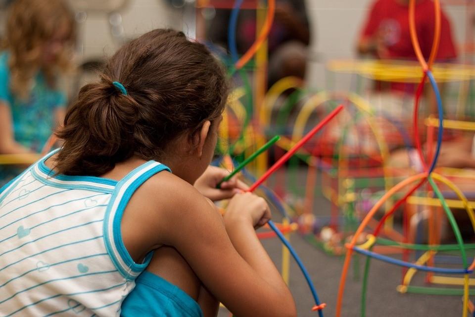 Eurêka Emplois Services - Auprès des enfants (animation, surveillance, ATSEM…)